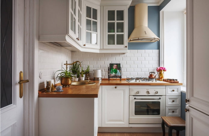 kitchen set with an area of 9 squares