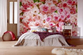 Fototapet med blomster i interiøret: levende veggdekor i leiligheten din